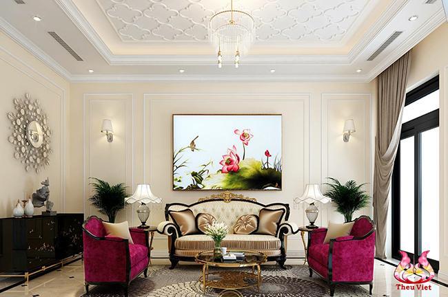 tranh thêu hoa sen trong phòng khách
