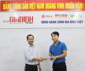 Thêu Việt trao 10 triệu đồng cho tài xế dũng cảm cứu 30 người