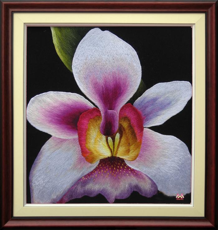 Tranh thêu tay hoa phong lan (TVHPL02)
