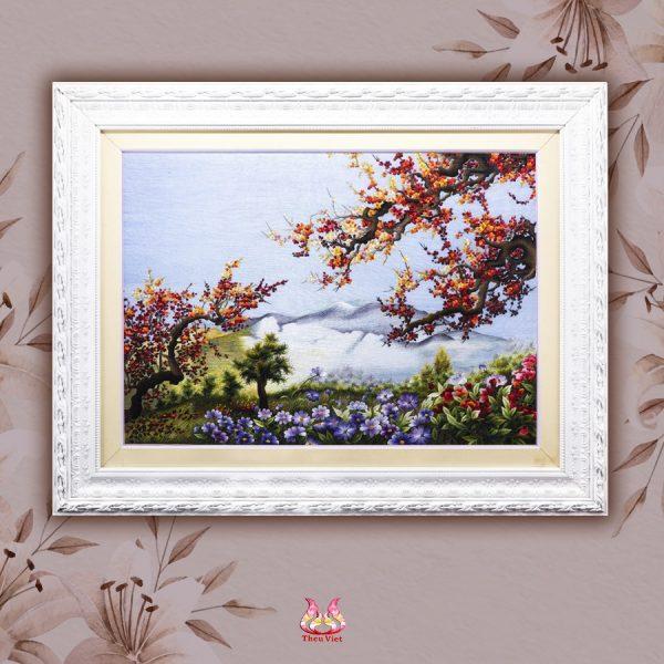 chi tiết tranh thêu tay phong cảnh sắc xuân MPC0046