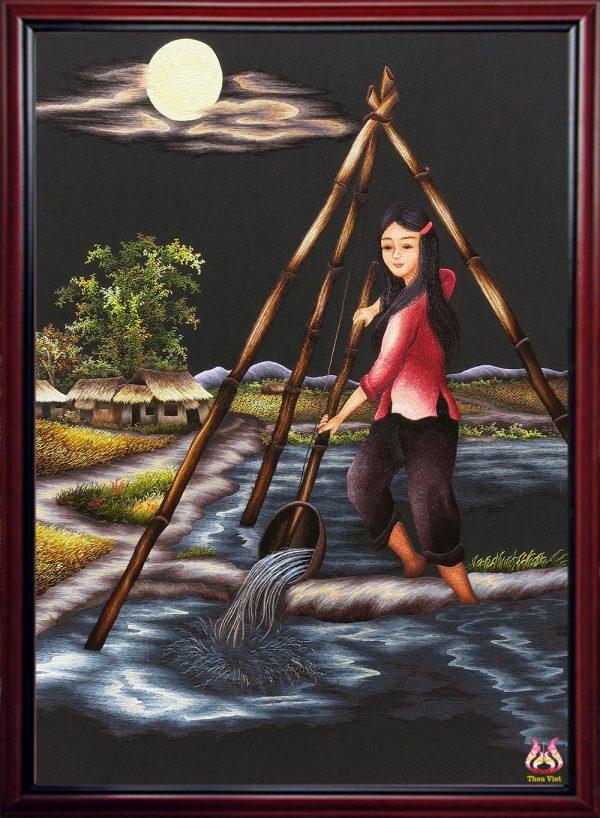 Cô gái tát nước đầu đình (MPC0114) 1