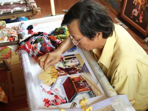 7 phương pháp thêu đơn giản khi thêu tranh thêu tay truyền thống 13