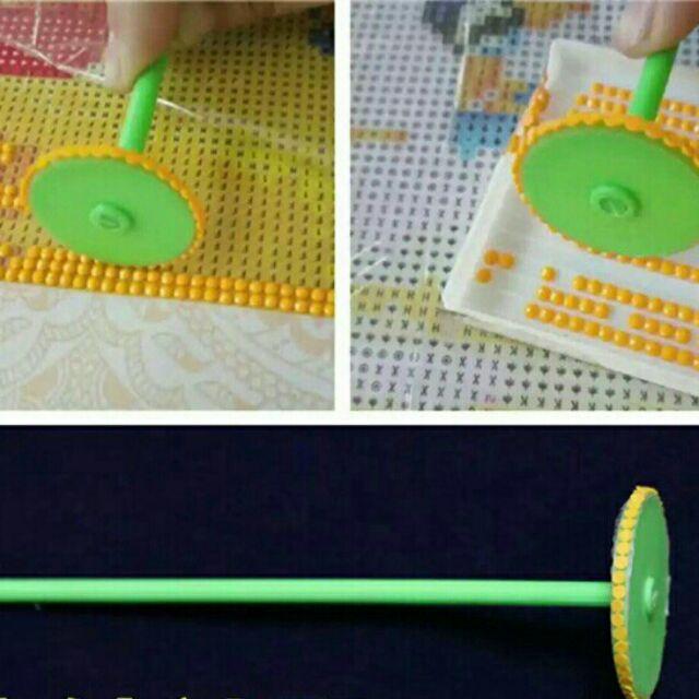 Hướng dẫn cách làm tranh đính đá cực kì đơn giản 12