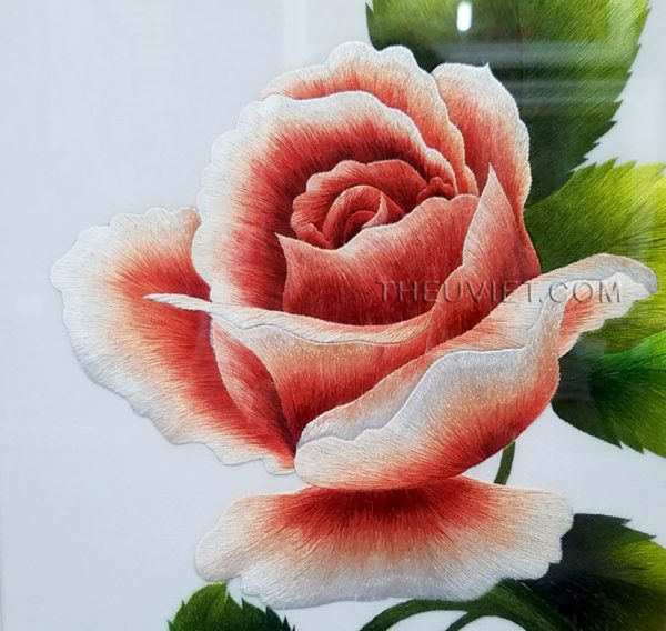 chi tiết tranh thêu tay hoa hồng MHOA0030