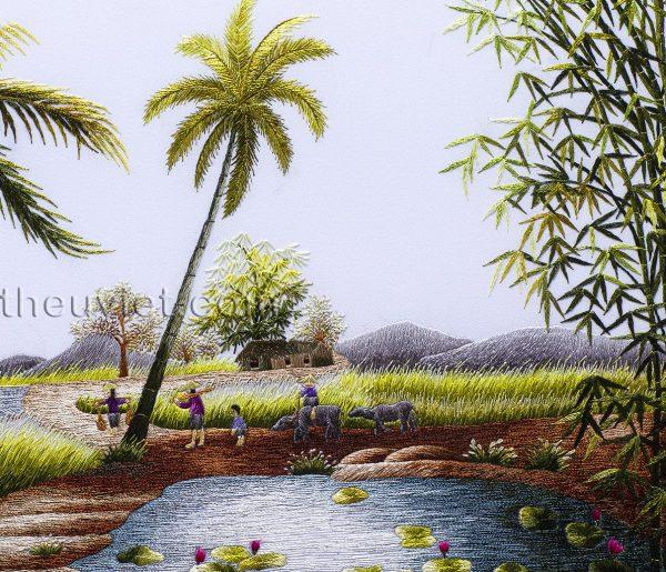 Chi tiết tranh thêu tay phong cảnh làng quê MPC0009